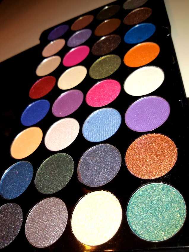 Makeup revolution eyes like angels review-2044